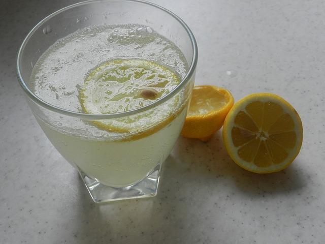 citronová voda