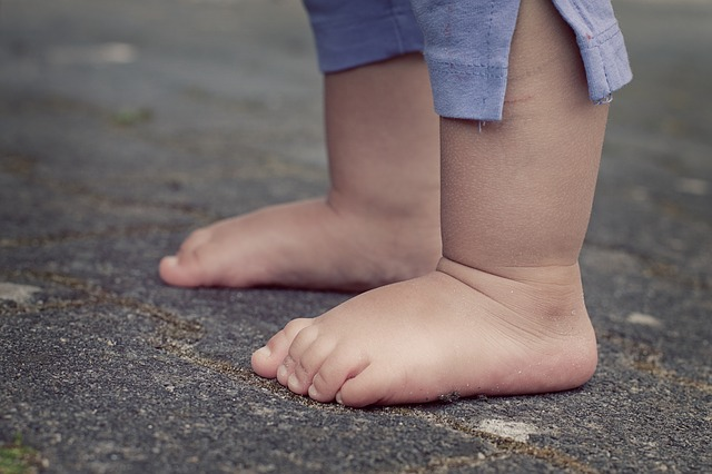 Rozmyslete si pořízení chodítka pro vaše miminko