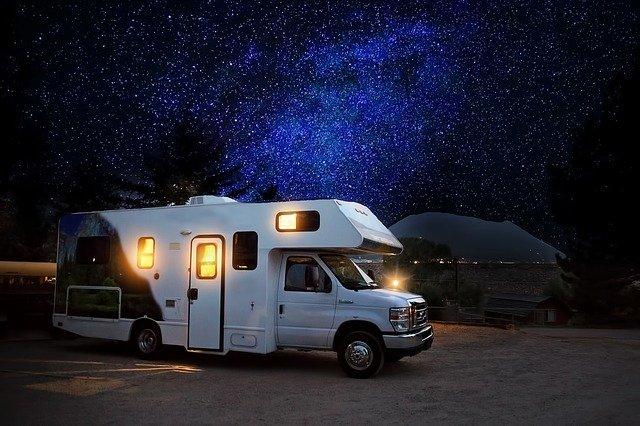 karavan a hvězdy